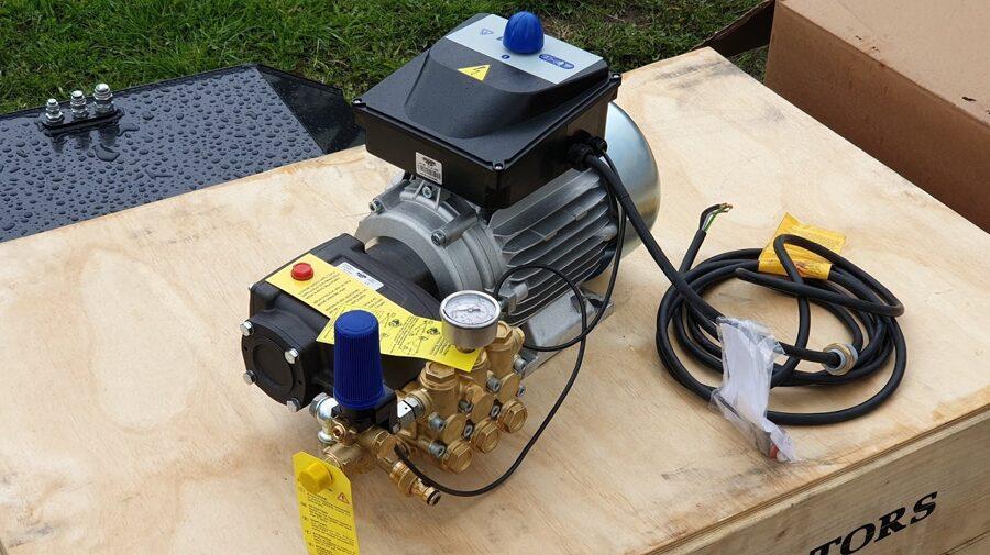 Augstspiediena mazgāšanas aprīkojums MMD 15250R+dzinējs 5.5kW